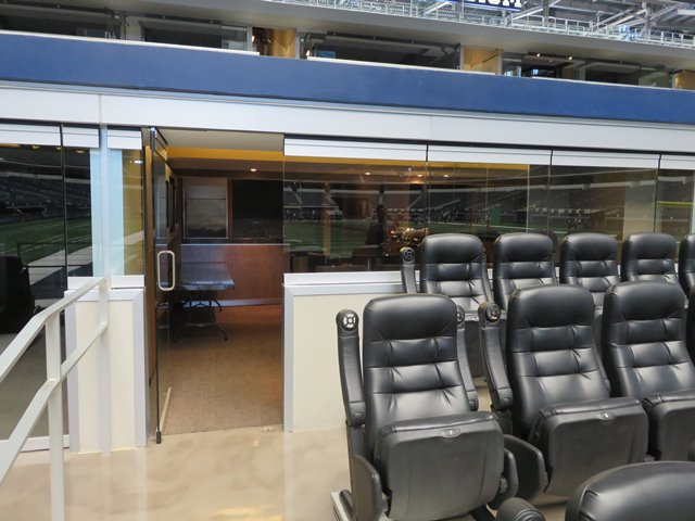Cowboys Touchdown Suites At At Amp T Stadium By Metro Tickets